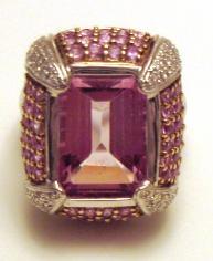 Mekedes Ring