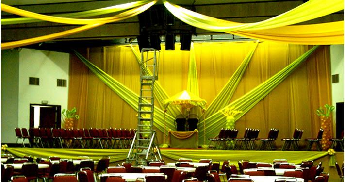 Order Dance Floor & Stage Rental Services