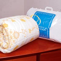 Duvets and comforters cleaning services