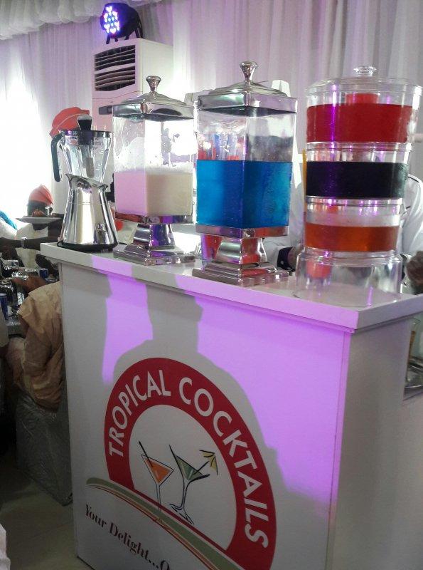 tropical_cocktails_services